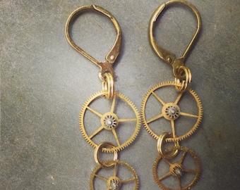 Steampunk Earrings / Dangles / Steampunk / Beads / Gears / Clock Parts