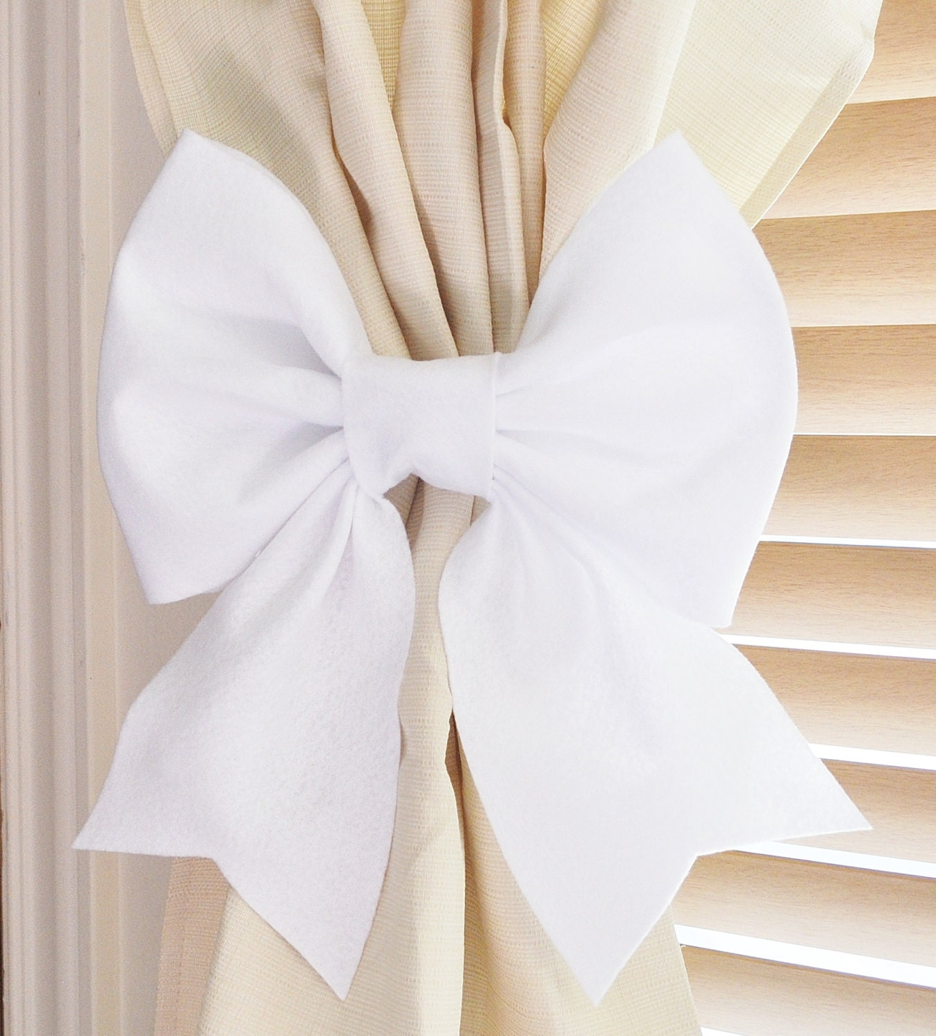 white bow curtain tie backs two decorative tiebacks by bedbuggs. Black Bedroom Furniture Sets. Home Design Ideas