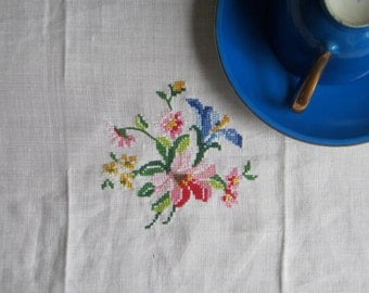 Vintage Swedish Linens: Cross-Stitch Bouquet