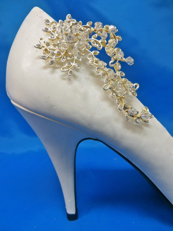 Bridal Shoe Clips,  Crystal Shoe Clips, Bridal Shoe Accessory,  Rhinestone Shoe Clips, Bridal Gown Accessory