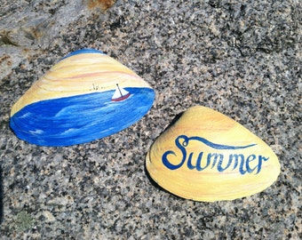 Hand Painted Clam Shell, Summer Cottage Beach Home Decor, Nautical