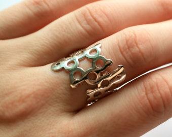 Adrenaline Ring - Silver or Black - Molecule Jewellery