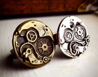 Steampunk Gear Ring / Pick your Color /Pirate Costume Cosplay Burning Man Steampunk Gift Woman Engineer Wedding Favors Bridesmaids Boho