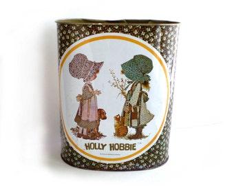 SALE Vintage Metal Holly Hobbie Wastebasket, Holly Hobbie Decor, Holly Hobbie Collectible, Cheinco, Chein Co.