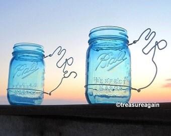 Mr Mrs Mason Jar Wedding Glasses Personalized Bride and Groom Mason Jar Wedding Mug Cups in Blue or Clear