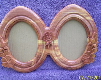 Double oval old tyme frame