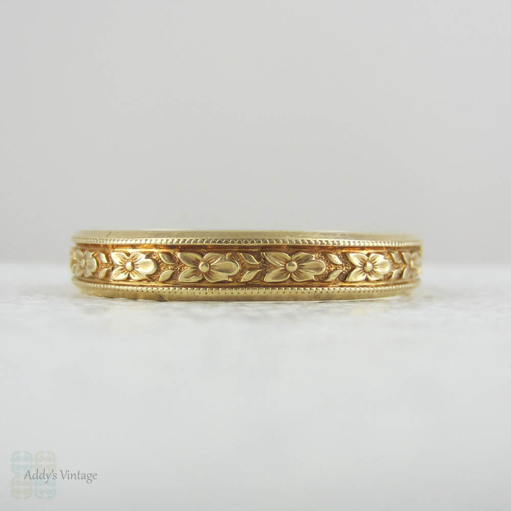 Engraved Mens Yellow Gold Wedding Band By Lohengrin