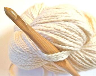 "Trai Crochet Hook, size J (6.00 mm) --- one 6"" hook, sustainably made"