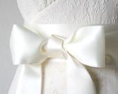Ivory Wedding Sash, Double Faced Satin Ribbon Belt, 2.75 Inch Wide - Bridal Belt, Bridesmaid, Flower Girl Sash