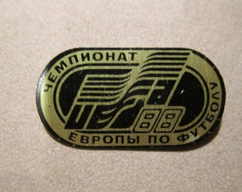 Vintage Championship the Europe1988 UEFA Soccer Collectible Badge Pin  made in USSR