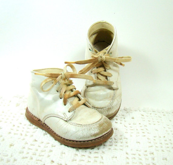 Vintage Leather Baby Shoes Lace Up High Tops White Leather