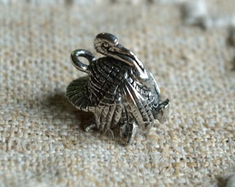 Thanksgiving Turkey Charm Antiqued Pewter Fall Holiday 16x15mm 3D