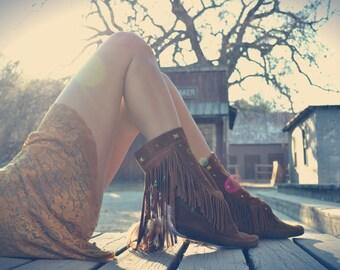 Size 5 /// CHOSOVI  /// Upcycled Embellished Vintage Moccasin Fringe Boot