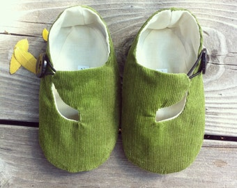 Baby Shoes, Baby Girl, Baby Boy, Green Corduroy Loafer, Baby Booties, Soft Sole Shoes, Gender Neutral - Ready to Ship