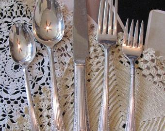 Silverware Setting - Silver Plate Tablespoon, Salad Fork, Teaspoon, Dinner Fork, Knife - Regent 1939 Pattern
