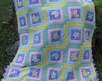 Twin Size Quilt Butterflies Flowers Girls Pastels Log Cabin