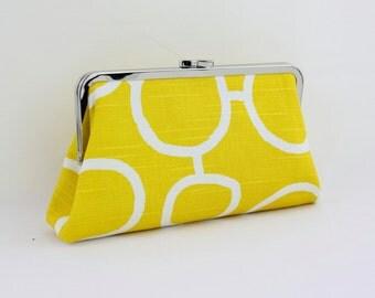 Lemon Circle Kisslock Frame Clutch - the Christine Style Clutch