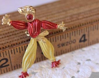 Articulated gypsy vintage brooch