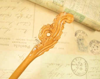 Peach Wood Hair Stick - Tail Feathers