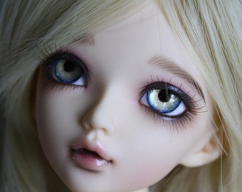 BJD eyes Doll eyes Hand made available in 12/14/16/18/20/22/24mm Blonde Bombshell made to order