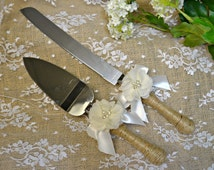 Wedding cake cutter, Ivory wedding cake cutter, rose wedding, cake server,  wedding reception, cake knife, wedding decoration, cake cutter