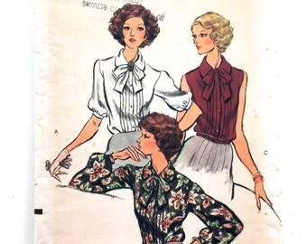 70s Vogue 9275 Blouse Front Pin Tuck, Sleeve Options Size 12 Bust 34