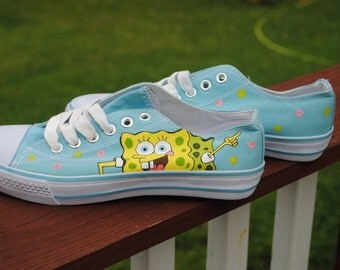 sold- Funny Sponge Bob hand painted sneakers size 6.5 .......sorry sold