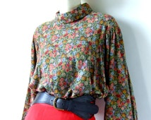 80s Benetton blouse with batwing sleeves - high collar - romantic floral print - cotton/modal blend Size L
