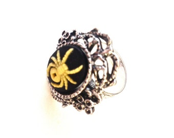 Spider Cameo Ring