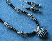 SET - Black and White Beaded Necklace with Antique Silver - Matching Earrings
