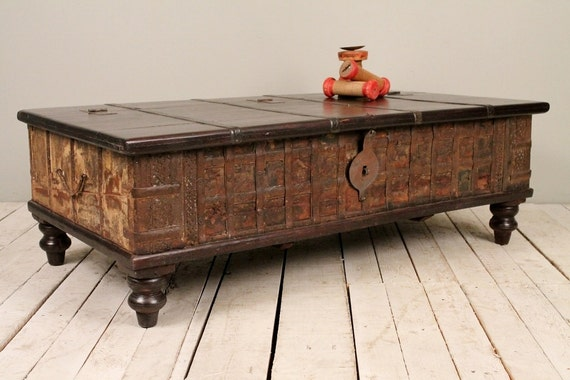 Rusty cream reclaimed salvaged antique indian wedding trunk Indian trunk coffee table