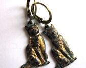 Cat Earrings Turquoise Verdigris Patina Metal Dangle Fashion Jewelry