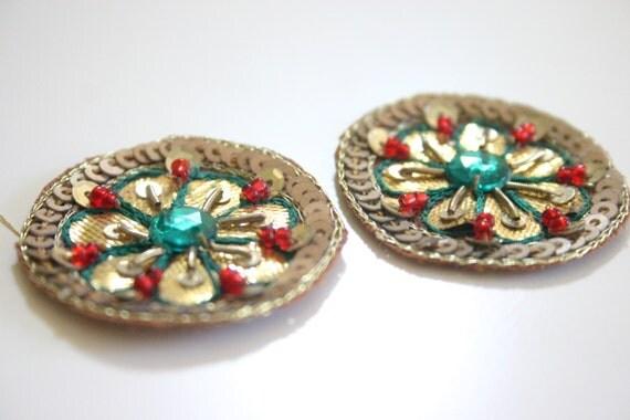 Green and Red Mandala duo - Applique circles (1 pair)