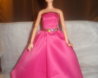 Handmade pink Satin formal dress with pink sequins for Fashion Dolls - ed483