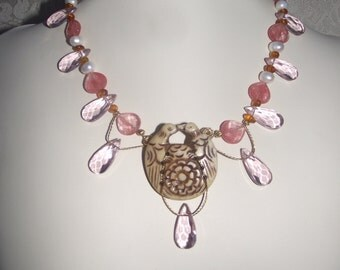 Kissing Doves Pearl Necklace