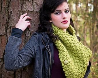 moss green neckwarmer, wool scarf chunky, woman scarf chunky, cowl scarf chunky, chunky knit cowl, chunky knit neckwarmer