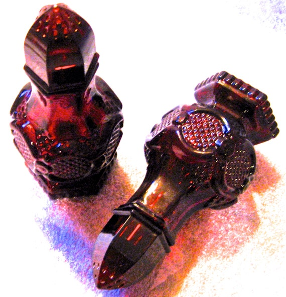 Habitiat for Humanity Vintage Avon Ruby Red Glass Salt & Pepper Shakers