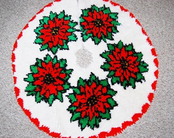 Vintage Tree Skirt Christmas Poinsettias on Snow