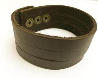 Triple Classic Brown Stripe leather bracelet
