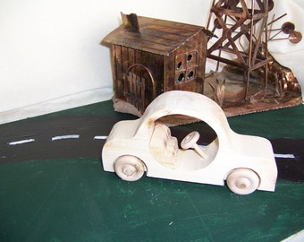 Toy Car Big O Style Handmade from Reclaimed Wood for the Children, Kids