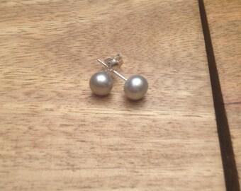 Pearl stud earrings 6-7mm, silver/ grey fresh water pearls and 925 sterling silver