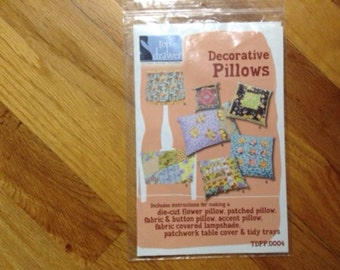 Easy Sew Pillow, Lampshade, and Tablecloth Kit