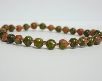 Simple green and salmon Unakite gemstone stretch stacking bracelet - healing stone beadwork - Free shipping to Canada & USA