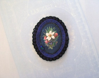 crochet dark blue flower pin brooch - flower broach -  blue felt brooch pin - botanical victorian print - floral felt brooch - blue brooch
