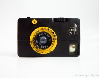 Vintage Lomo Camera Half Frame 35mm Pocket Camera Small