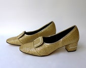 Vintage 1960s Betta mod gold lame and diamante court shoes sz 38/39