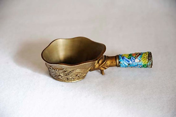 Vintage 1920's Heavy CHINESE BRASS IRON With Enamel Handle.. Dragons