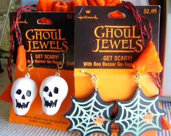 "Vintage 80's  ""GHOUL JEWELS"" Clip On Earrings Skull & Spider Web by Hallmark Halloween with Orange Pouch"