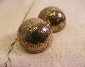 Vintage 925 Sterling Silver Thailand Carved Dome Clip on Earrings