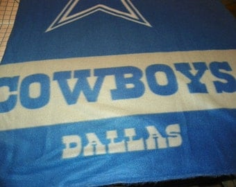 Dallas Cowboys Fleece  Throw with Double Fleece  with Black Backing Mfade with 32x.58in Choose form Sewn or Tied